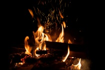 Crackling_Fire.jpg