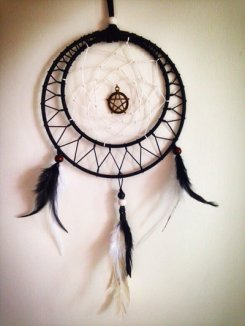 dream_catcher_by_yolandalyc-d9bc0z6