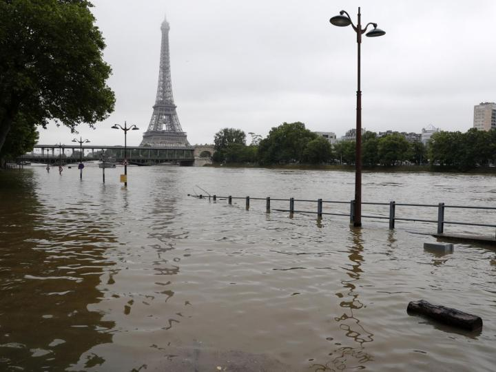 paris_1_reuters