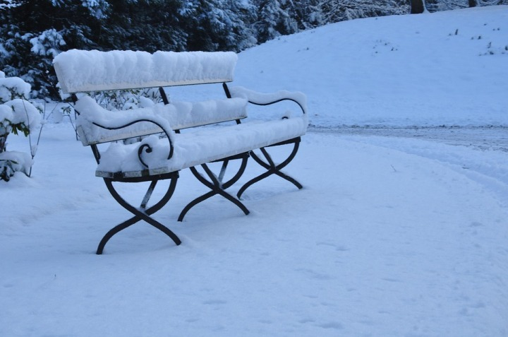 bench-1835560_960_720